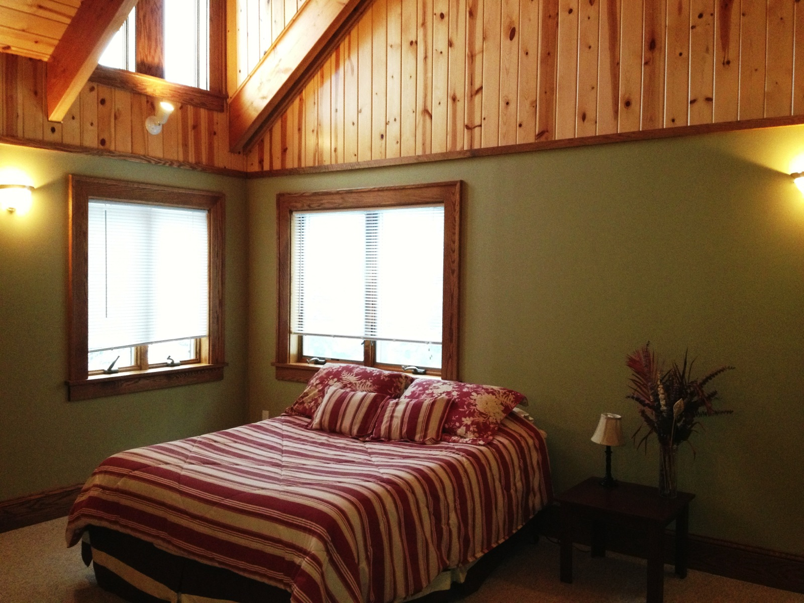 Peaceful Point Lake Home — Jack-the-Horse Resort